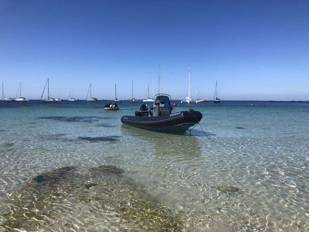 Bootverhuur Bombard Explorer 690 in La Trinité-sur-Mer via SamBoat