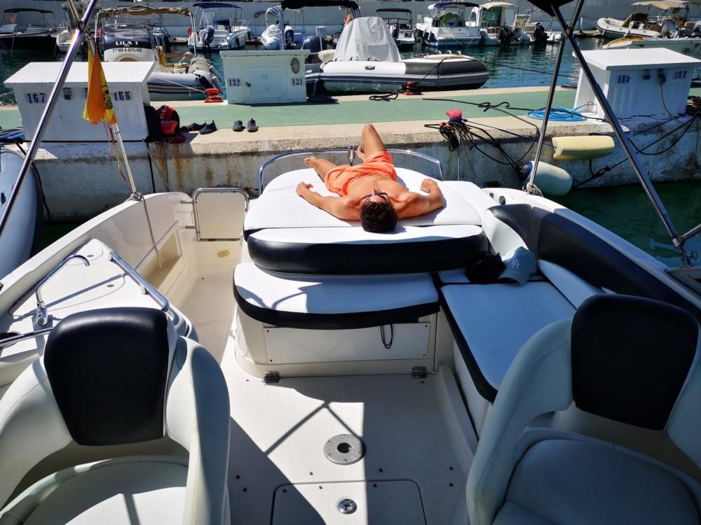 Monterey 263 Explorer te huur van particulier of professional in Ibiza