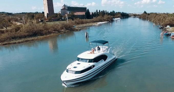 Jachthuur in Precenicco - Houseboat Holidays Italia srl Minuetto8+ via SamBoat