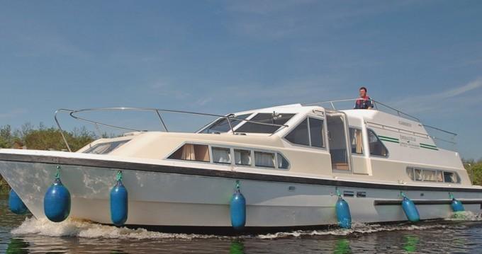 Huur Woonboot met of zonder schipper Classique in Invergarry
