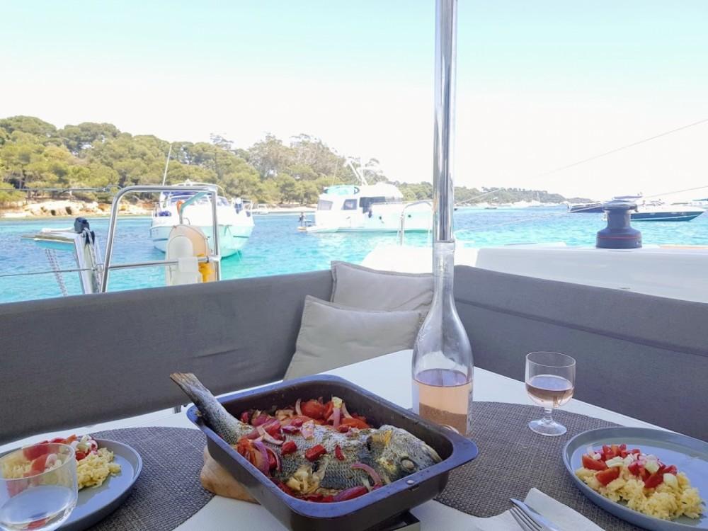 Lagoon Lagoon 40 Motor Yacht te huur van particulier of professional in Cannes