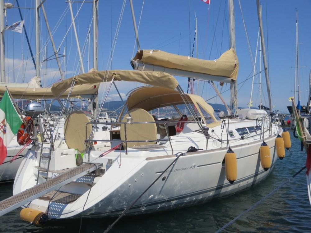 Huur een Jeanneau Sun Odyssey 45 in Fezzano