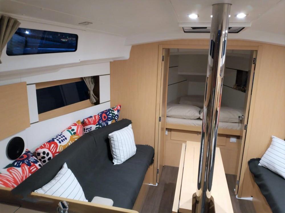 Zeilboot te huur in Alzachèna/Arzachena voor de beste prijs