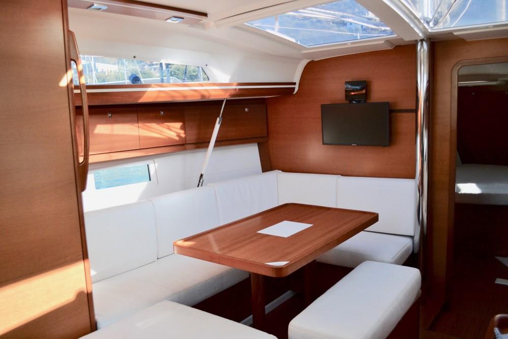 Bootverhuur Capo d'Orlando Marina goedkoop Dufour 410 Grand Large