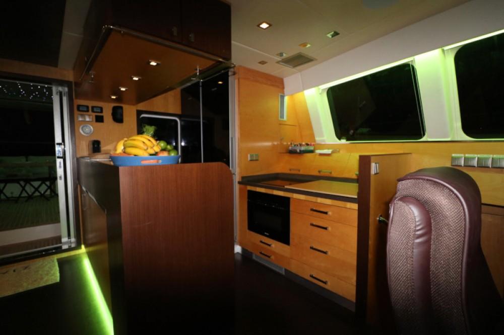 Catamaran te huur in Sant Antoni de Portmany voor de beste prijs