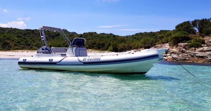 Bootverhuur Motonautica-Vesuviana MV 780 Confort in Saint-Florent via SamBoat