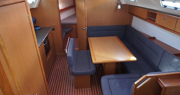 Jachthuur in Lemmer - Bavaria Cruiser 40 via SamBoat