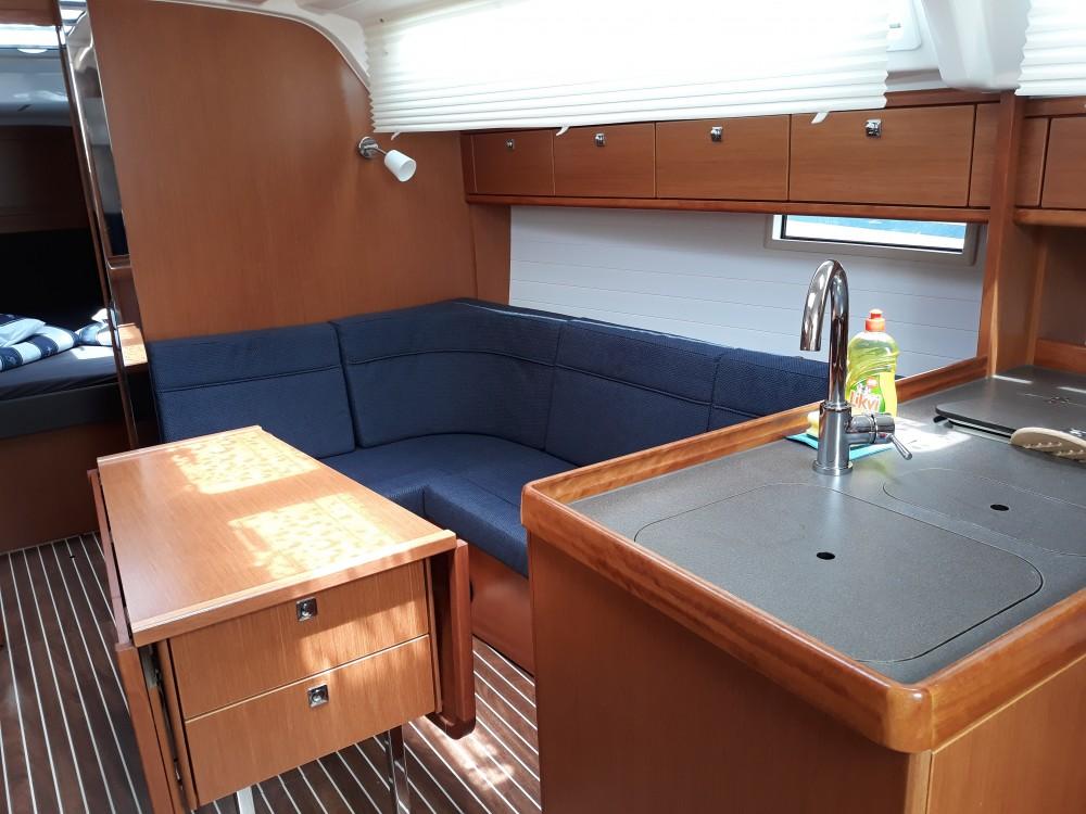 Bavaria Bavaria Cruiser 37 te huur van particulier of professional in Sukošan