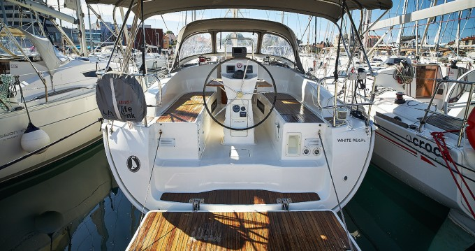 Jachthuur in Biograd na Moru - Bavaria Cruiser 36 via SamBoat