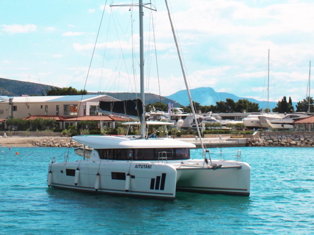 Verhuur Catamaran in  - Lagoon Lagoon 42