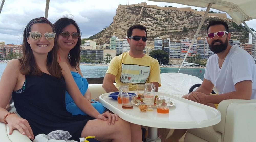 Huur een Doqueve 43 in Alicante
