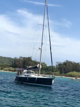 Huur een Elan Elan 434 in Îles de Lérins