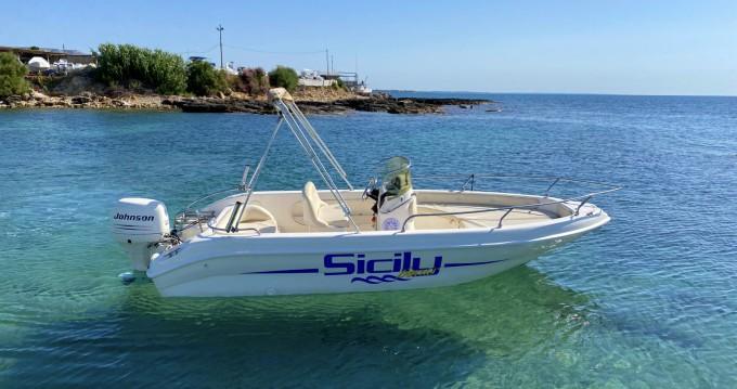 Bootverhuur Ta.ma.re Jaguar 520 in Avola via SamBoat