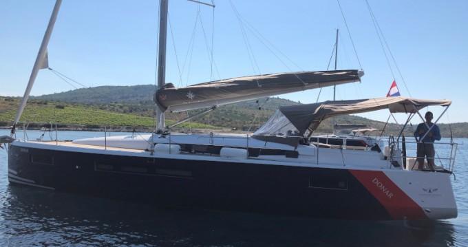 Huur een Jeanneau Sun Odyssey 490 in Primošten
