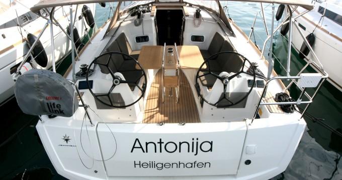 Bootverhuur Jeanneau Sun Odyssey 349 in Punat via SamBoat