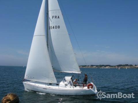 Bootverhuur Bénéteau First 31.7 in Port du Crouesty via SamBoat