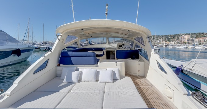 Baia Flash 48 te huur van particulier of professional in Cannes