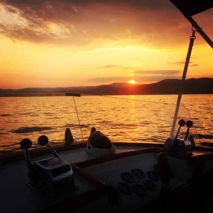 Verhuur Motorboot in Cannes - Grand Banks Grand Banks 36 Classic