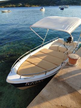 Huur Motorboot met of zonder schipper pasara 430 in Stara Novalja