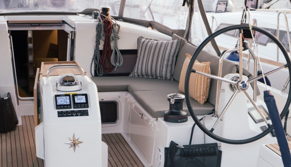 Jachthuur in Marina de Alimos - Jeanneau Sun Odyssey 440 via SamBoat