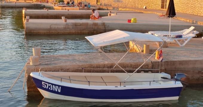Motorboot te huur in Stara Novalja voor de beste prijs