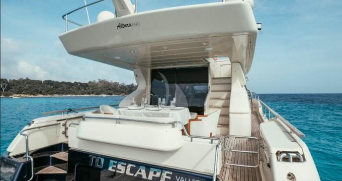 Huur Jacht met of zonder schipper Ferretti in Cannes