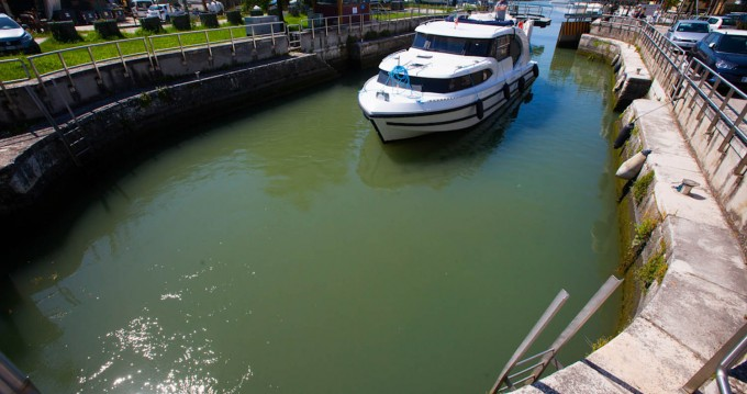 Verhuur Woonboot in Casale sul Sile - Houseboat Holidays Italia srl Minuetto8+