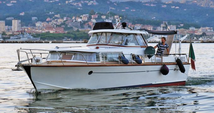 Huur Motorboot met of zonder schipper Picchiotti in Como
