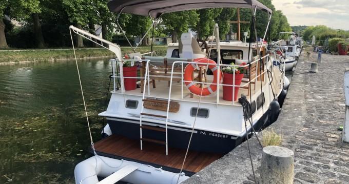 Verhuur Woonboot Van Pelt Kruiser met vaarbewijs