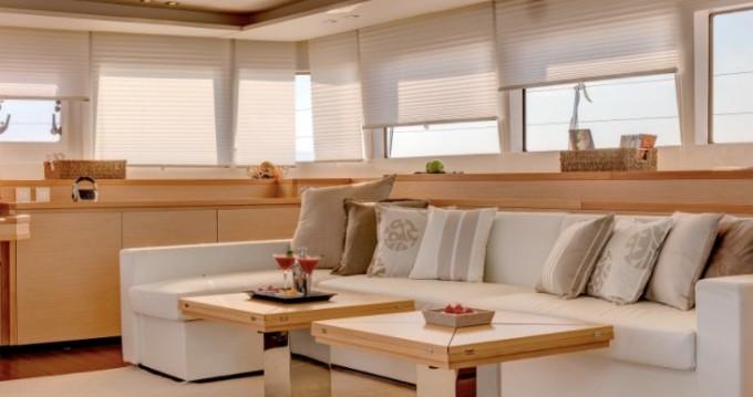 Verhuur Catamaran in Capo d'Orlando - Lagoon Lagoon 620