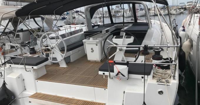 Verhuur Zeilboot in Álimos - Bénéteau Oceanis 51.1