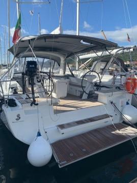 Huur Zeilboot met of zonder schipper Bénéteau in Cannigione