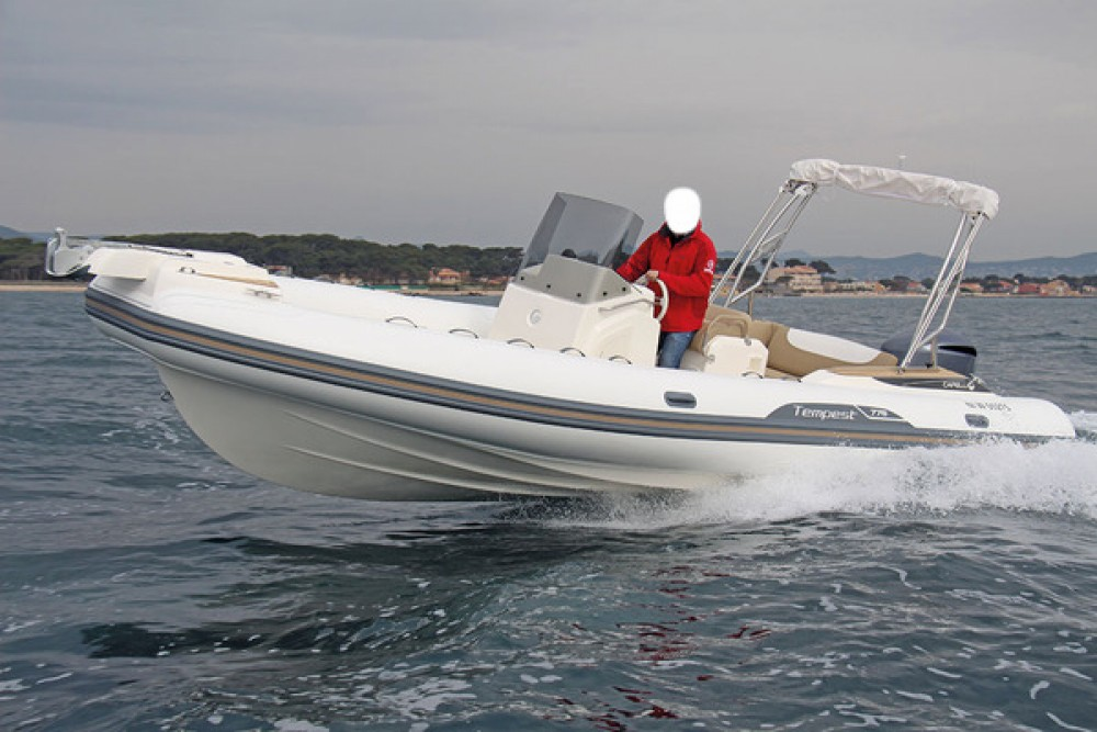 Verhuur Rubberboot in Fort-de-France - Capelli Tempest 775 Open
