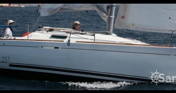 Bootverhuur Port du Crouesty goedkoop First 25 S