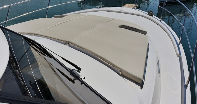 Verhuur Motorboot Sas Vektor met vaarbewijs