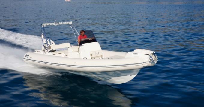 Verhuur Rubberboot Nuova Jolly met vaarbewijs