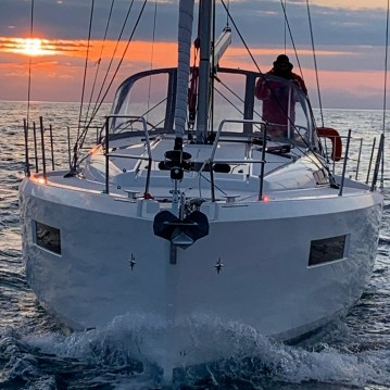 Bootverhuur Jeanneau Sun Odyssey 440 in Gouviá via SamBoat