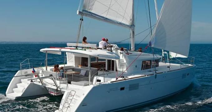 Bootverhuur Port Grimaud goedkoop Lagoon 450