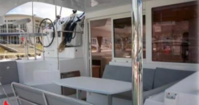 Verhuur Catamaran in Port Grimaud - Lagoon Lagoon 400