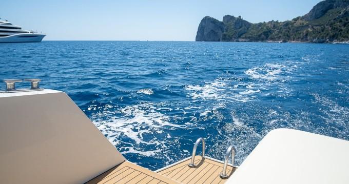 Verhuur Motorboot in Nerano - Piantoni 50 walk around