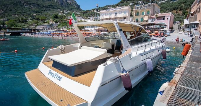 Motorboot te huur in Nerano voor de beste prijs