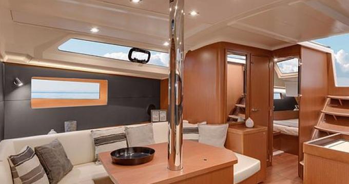 Verhuur Zeilboot in Port Grimaud - Oceanis Océanis 41,1
