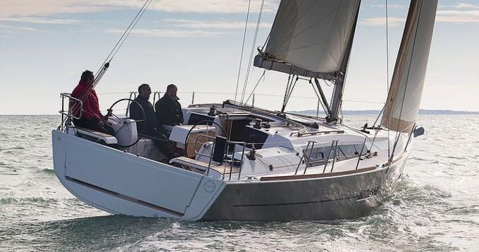 Verhuur Zeilboot in Port Grimaud - Dufour Dufour 382