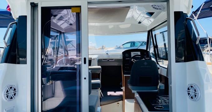 Verhuur Motorboot in Split - Jeanneau Jeanneau Merry Fisher 795