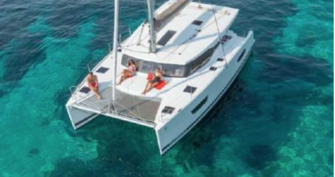 Verhuur Catamaran in Saint-Raphaël - Fountaine Pajot Lucia 40