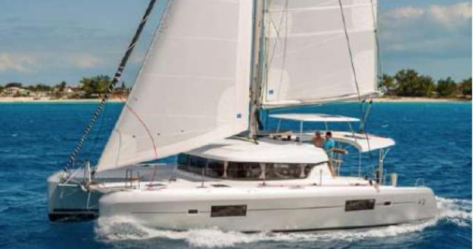 Verhuur Catamaran in Saint-Raphaël - Lagoon Lagoon 42