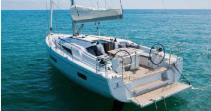 Bootverhuur Bénéteau Oceanis 40.1 in Toulon via SamBoat