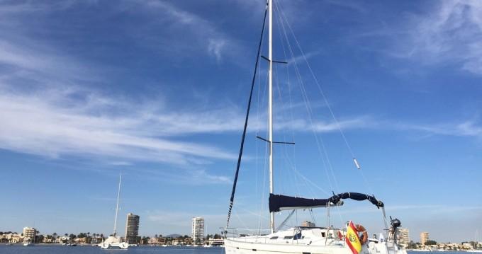 Huur een Bénéteau Oceanis 393 Clipper in Alicante