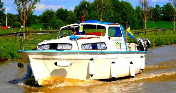 Huur Motorboot met of zonder schipper Albin in Söderköping