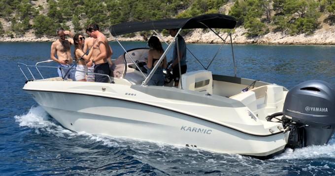 Jachthuur in Trogir - Karnic 2251 Open via SamBoat